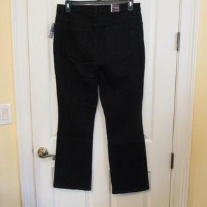 Gloria Vanderbilt Jeans - NWT - G. Vanderbilt black jeans - sz 16P - $40.00